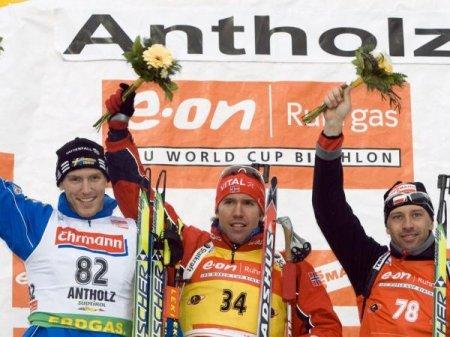 Свендсен выиграл спринт в Антхольце