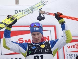 Станислав Волженцев остановился в шаге от бронзовой медали в гонке на 15 км классическим стилем