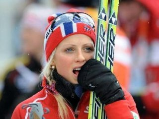 В лыжном масс-старте на 30 км не было равных Терезе Йохауг