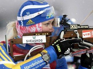 Шведская биатлонистка Хелена Экхольм - чемпионка мира, россиянки выступили неудачно