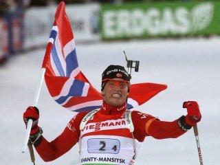 В мужской эстафете на Чемпионате мира сборная Норвегии завоевала золото, россияне финишировали вторыми