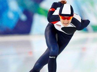 Конькобежка Мартина Сабликова выиграла забег на 5000 м