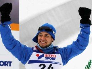 В шведском Фалуне Илья Черноусов выиграл золотую медаль в мужском прологе
