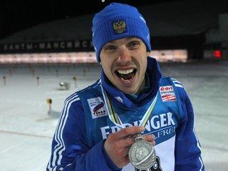 Евгений Устюгов выиграл серебро в масс-старте на 15 км