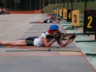 Биатлонисты сборной команды России продолжают усиленно тренироваться