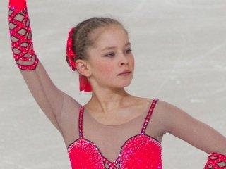 Юлия Липницкая - первая после короткой программы юниорского Гран-при