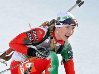 Дарья Домрачева выиграла индивидуальную гонку на первом этапе Кубка мира