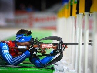 Тимофей Лапшин выиграл бронзовую медаль в спринте на третьем этапе Кубка мира