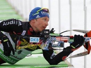 Немец Андреас Бирнбахер выиграл мужскую гонку преследования на третьем этапе Кубка мира по биатлону