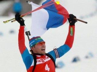 Антон Шипулин выиграл мужской персьют на пятом этапе Кубка мира