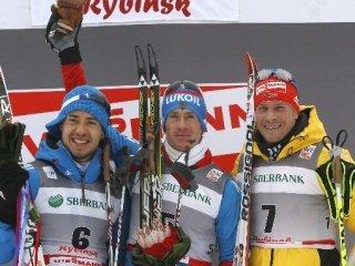 Максим Вылегжанин выиграл скиатлон на 30 км