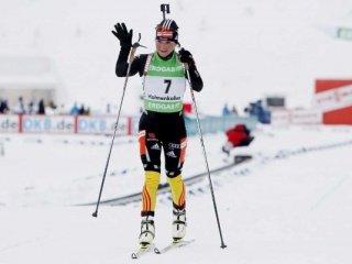Андреа Хенкель выиграла масс-старт в Хольменколлене