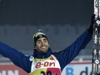 Мартен Фуркад победил в индивидуальной гонке на чемпионате мира по биатлону